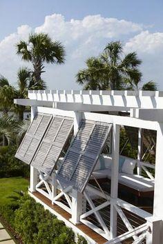Sullivan's Isle Style via Charleston Home / The English Room Blog