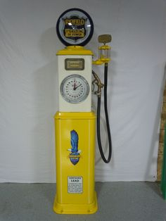 Restored original Bennett 150 gas pump done in Richfield. Contact us via route32restorations.com if interested.