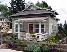 Small house with big possibilities - Edgemoor Cottage   Ross Chapin Architects