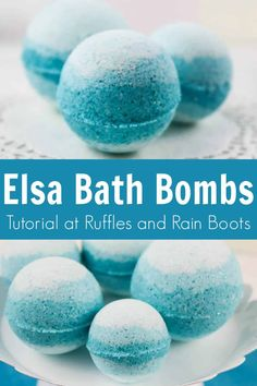 These Disney Queen Elsa bath bombs are too pretty! I love how simple these Frozen bath bombs are! Bath Bomb Recipes, Soap Recipes, The Body Shop, Bath Boms Diy, Christmas Bath Bombs, Do It Yourself Organization, Lush Bath Bombs, Diy Bath Bombs, Bath Bombs Kids