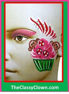Christmas gingerbread men and cupcakes / face painting fun. Face Painting Designs, Body Painting, Painting Inspiration, Makeup Inspiration, Professional Face Paint, Christmas Face Painting, Cheek Art, Christmas Gingerbread Men, Face Design