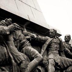 """""""Spomenik Oslobodiocima Niša #mainsquare #niš #visitnis #monument"""""""