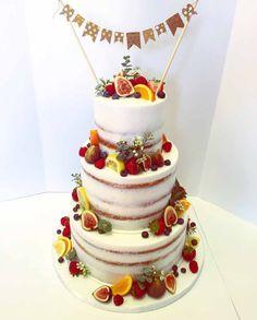 Semi Naked Cake with Fruits