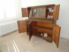 Starožitný nábytek - cena za 3 kusy skříní. - obrázek číslo 2