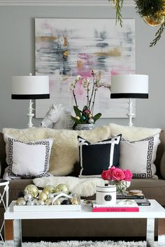 Macarons and Pearls: decor