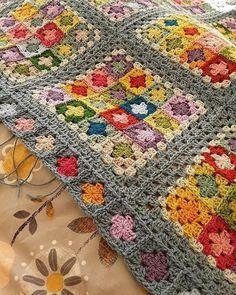Yarn Crochet Projects Suzanne Border detail - needs blocked, but finished at last 🙌 (Border pattern from Around the Corner by Edie Eckman) Crochet Afgans, Crochet Quilt, Crochet Motif, Crochet Hooks, Knit Crochet, Crochet Blankets, Crotchet, Granny Square Crochet Pattern, Afghan Crochet Patterns
