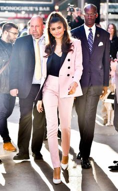 The Power Suit – In colour, plus 15 amazing suits to shop - Talking Shop Business Outfits, Business Attire, Office Outfits, Business Fashion, Zendaya Outfits, Zendaya Style, Zendaya Fashion, Suit Fashion, Look Fashion