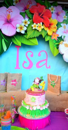 Mariposa Event Decor 's Birthday / Hawaiian Luau - Photo Gallery at Catch My Party Aloha Party, Party Fiesta, Hawaiian Luau Party, Moana Birthday Party, Hawaiian Birthday, Moana Party, Luau Birthday, 10th Birthday Parties, Tropical Party