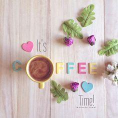 ☕️ #turkishcoffee #iphone5s عندما تكون مُتفائِلاً ، و واثقًا بأنَّ الله معك ، بكل أحوالك .. ستبتسم ابتسامةَ ، رِضا وتسعد بحياتك ..*