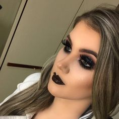 Gorgeous! 😍💕 @danicerutti_ @danicerutti_ @danicerutti_ ✨💕✨ #amazing #auroramakeup #anastasiabeverlyhills #beauty #beautiful #eyes #eyemakeup #fashion #girls #instamood #instalove #lips #makeup #maquiagem #mua #maquillage #maccosmetics #hudabeauty...