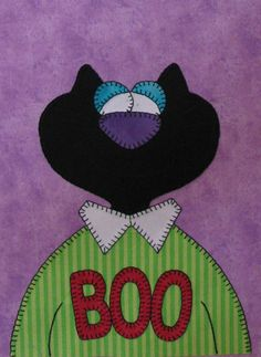 happy halloween Amy Bradley pattern available Moldes Halloween, Halloween Sewing, Halloween Items, Fall Halloween, Halloween Crafts, Happy Halloween, Halloween Quilt Patterns, Halloween Quilts, Applique Patterns