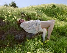 Katy Grannan - Nicole, Potrero Hill, 2006