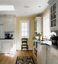 white washed subtle kitchen