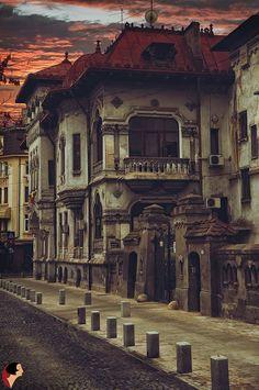 Old Bucharest, Vila Vasile Zottu, Nicolae Golescu st . Beautiful Buildings, Beautiful Places, Places Around The World, Around The Worlds, Places To Travel, Places To Visit, Romania Travel, Little Paris, Bucharest Romania