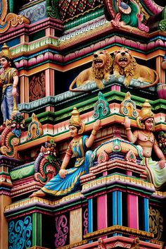 bollywood art culture travel The Temple Towns in South India You Need to See Incredible India Posters, Amazing India, Indian Temple Architecture, India Architecture, Gothic Architecture, Ancient Architecture, Classical Architecture, Temple India, Hindu Temple
