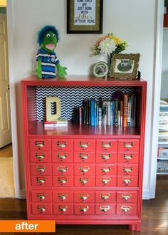 Best Decor Hacks : Turn a bookcase into a faux card catalog Types Of Furniture, Furniture Projects, Furniture Making, Home Furniture, Modern Furniture, Wood Projects, Furniture Market, Refurbished Furniture, Repurposed Furniture