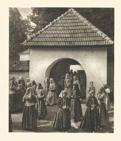 Folk Art, Westerns, Nostalgia, Costume, Painting, Travel, Life, Pray, Women