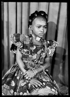 Portraits of Malian women by Seydou Keita
