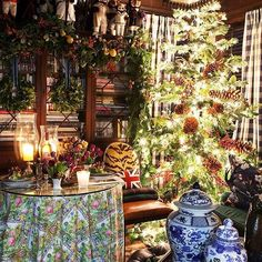 """Scot Meacham Wood's Instagram post: """"Oh. Christmas. Tree. #HolidayInspiration #Christmas #SMWHome #SMWDesign"""" Southern Christmas, Tartan Christmas, Christmas Tree, Table Decorations, Photo And Video, Wallpaper, Holiday Decor, Wood, Instagram Posts"""