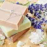 Saboaria Artesanal, Difusor de ambientes, Sabonete liquido e barra,: O que é sabonete artesanal Feta, Dairy, Cheese, Sodium Hydroxide, Natural Oils, Handmade Soaps