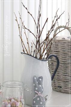 Oma koti onnenpesä: Pehmoiset pääsiäispuput diy