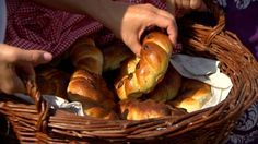 Bread And Pastries, Croissant, Pretzel Bites, Chicken, Baking, Food, Rolls, Art, Art Background