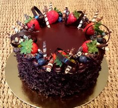 Food And Drink, Birthday Cake, Sweets, Baking, Cake Ideas, Projects, Decorating Cakes, Food Cakes, Caramel