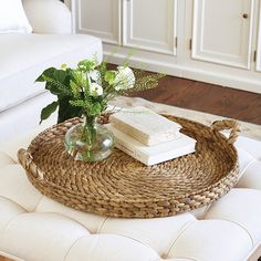 Where to buy a Braided Seagrass Tray? Discover stylish home accessory trends at Ballard Designs and find the exact new Braided Seagrass Tray you're searching for! Ottoman Tray, Ottoman Decor, Chinoiserie Motifs, Basket Tray, Spring Painting, Decorating Coffee Tables, Coffee Table Tray Decor, Dinning Table Centerpiece, Baskets On Wall