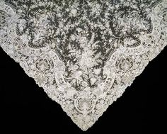 Needle lace veil, Belgium, about 1890. © Victoria and Albert Museum, London. #Victorian