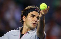 Federer defeats Tsonga