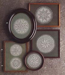 Ideas for crochet doilies art display Framed Doilies, Lace Doilies, Crochet Doilies, Crochet Wall Art, Doily Art, Doilies Crafts, Diy And Crafts, Arts And Crafts, Frame Crafts