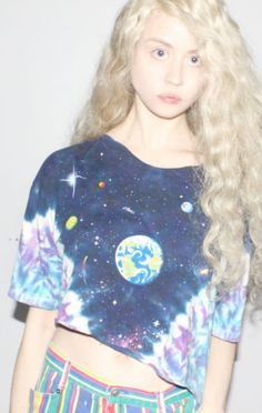 ghostfawn:    Allison Harvard... love her outfit