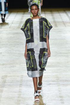 Issey Miyake Spring/Summer 2018 Ready To Wear | British Vogue