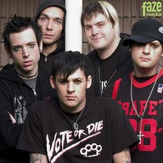 """When punk band Good Charlotte released the single, simply titled """"Hold On,"""" they opened up a dark discussion about the real effects of suicide. Good Charlotte, English Artists, World Music, What Is Love, Rock Music, Rock Bands, Actors & Actresses, Nostalgia, Tv Shows"""