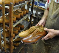 http://www.robinsonsshoes.com/brands/loake.html