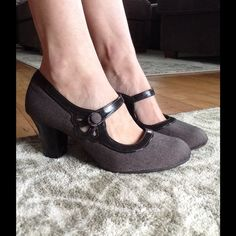 Vintage inspired Mary Janes Good condition, not much wearing. Classic. Self Esteem Shoes Heels