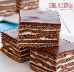 Recipe for Homemade biscuit cake. Sweet Recipes, Cake Recipes, Dessert Recipes, Köstliche Desserts, Delicious Desserts, Food Cakes, Cupcake Cakes, Cupcakes, Ideas Paso A Paso
