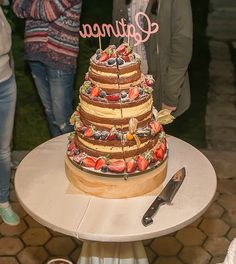 Botezul rustic al Catincai Rustic Baby, Naked, Party, Desserts, Food, Tailgate Desserts, Deserts, Eten, Postres