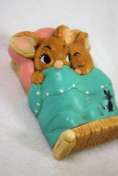 """Pendelfin - Twins"" Figurine - Made in England - 2.75"" x 4"" x 1.5"" H"