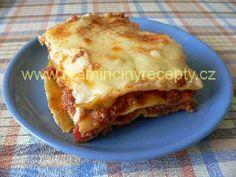 Lasagne zapečené s masem a bešamelem Musaka, Ethnic Recipes, Food, Samsung, Lasagna, Meal, Essen, Hoods, Meals