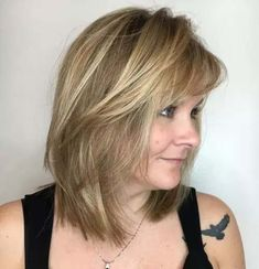 Shoulder-Length Shag Hairstyles Over 50 - Bing images Haircut For Older Women, Short Hair Cuts For Women, Long Hair Cuts, Mid Length Hair Styles For Women Over 50, Hairstyles Over 50, Hairstyles With Bangs, Cool Hairstyles, Gorgeous Hairstyles, Hairstyles 2018