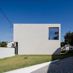 Mami house by NOArquitectos LDA