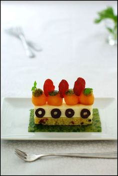 panna Panna Cotta, Canapes, Food Festival, Food Art, Entrees, Strawberry, Pudding, Sweets, Fruit