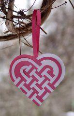 25 Paper Heart Project Tutorials