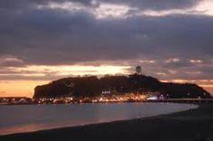 夕暮れの江ノ島