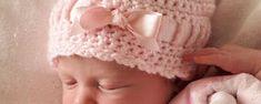 Patrones gorros a crochet para bebes Barbie Dress, Doilies, Crochet Baby, Special Occasion, Textiles, Dresses, Quilt Cover, Vestidos, Crochet Flowers
