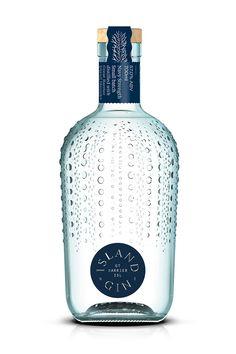 Beverage Packaging, Bottle Packaging, Bottle Labels, Booze Drink, Bar Drinks, Alcoholic Drinks, Alcohol Bottles, Liquor Bottles, Vodka Bottle