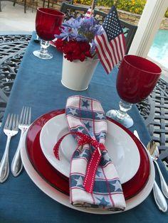 Love this patriotic tablescape.
