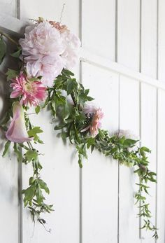 How to Make a Blossoming Garland
