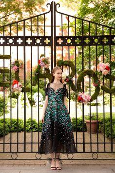 Lela Rose коллекция | Коллекции весна-лето 2018 | Нью-Йорк | VOGUE